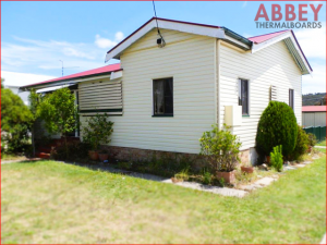Modern Vinyl Cladding House Exterior - Abbey Thermalboards