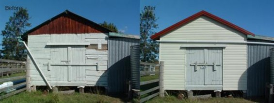 The before and after picture of a barn with new vinyl cladding.