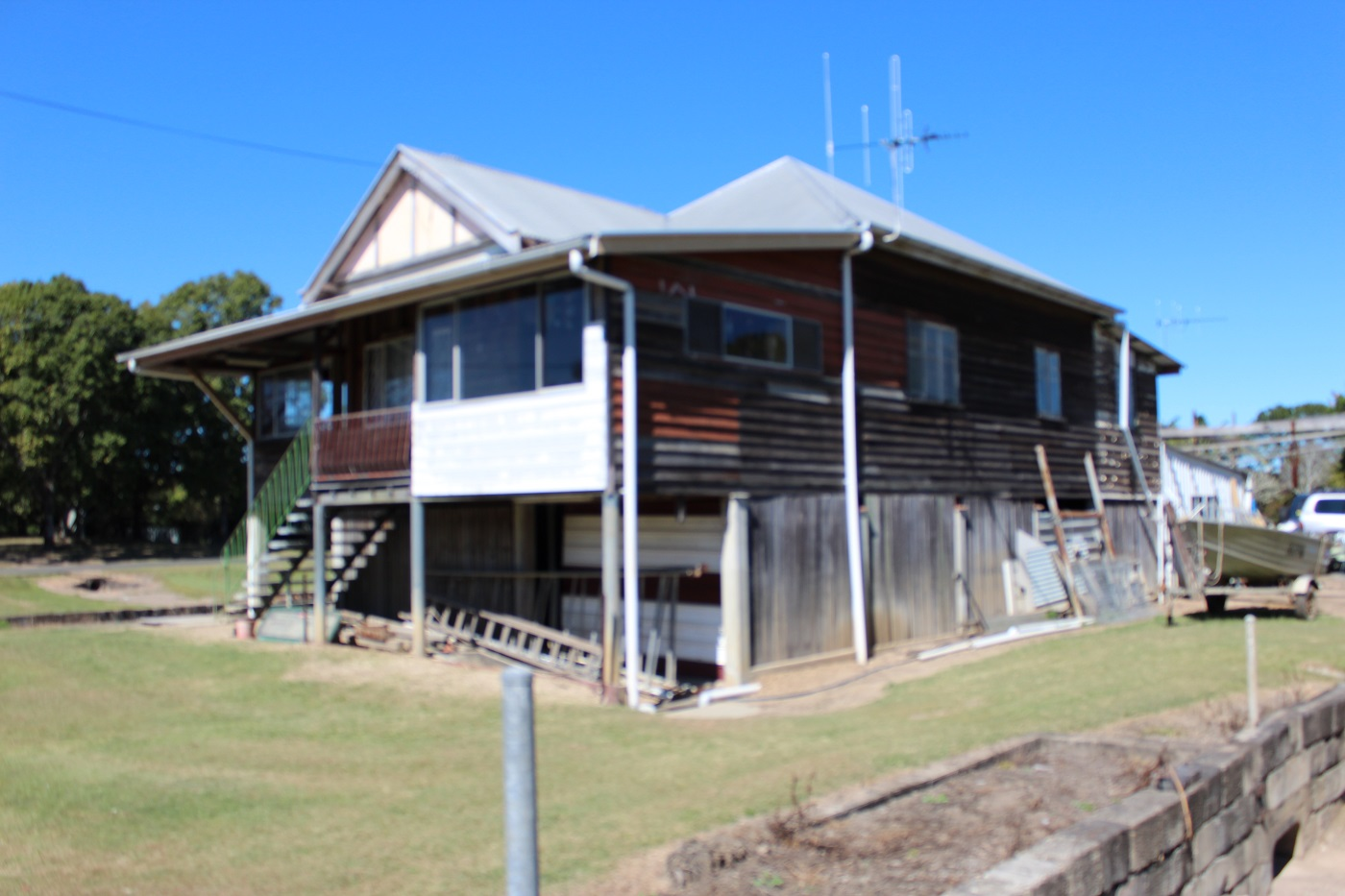 Alternative before shot of the house cladding Maryborough task at hand.